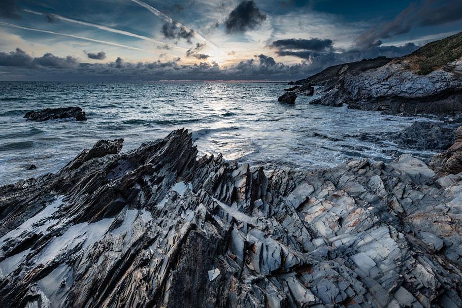 Landschaftsfotografie Meer mit Felsen