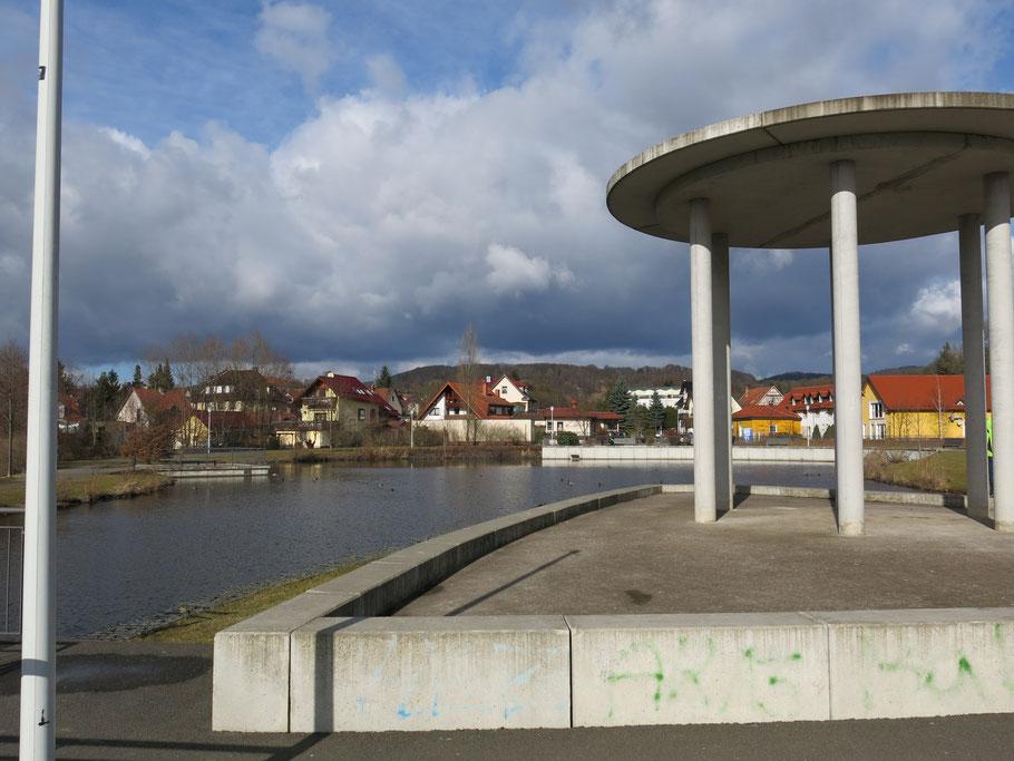 Kurpark, Bad Liebenstein, See mit Pavillion.