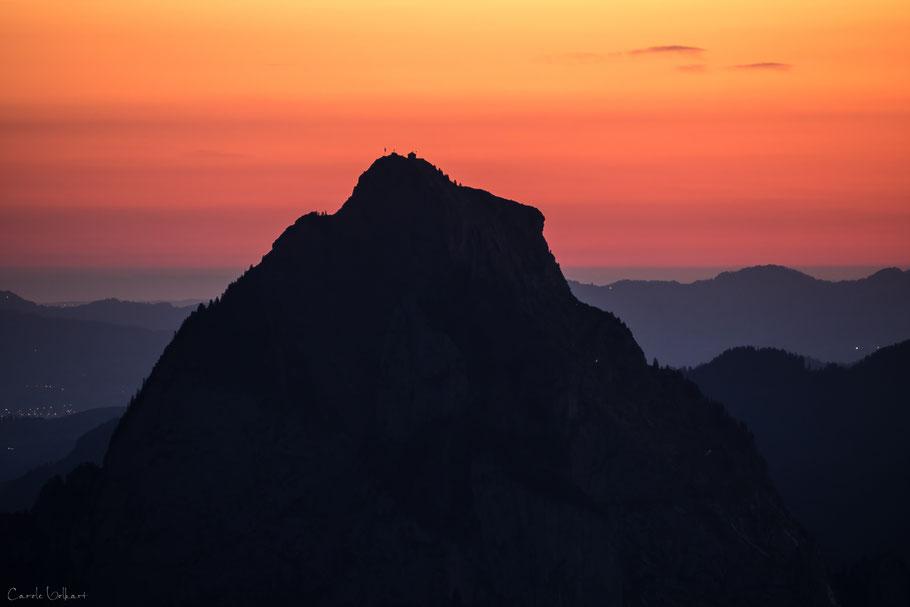 Grosser Mythen im Morgenrot, Fronalpstock