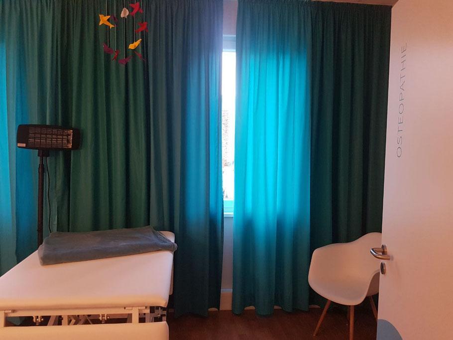 Kinder Behandlungsraum der Osteopathie Praxis Hilla in Duisburg und Moers