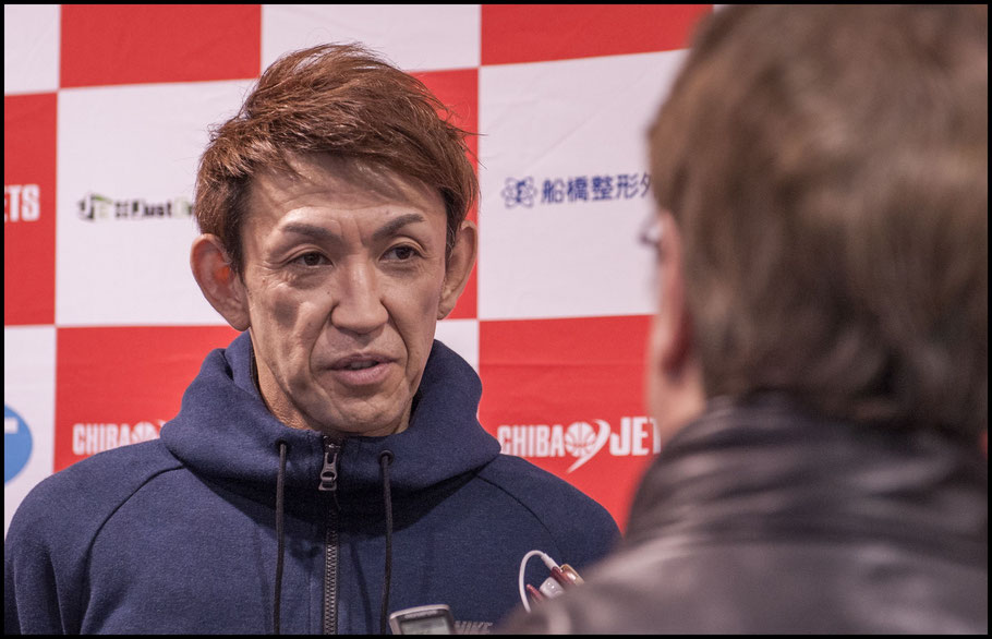 Levanga Hokkaido's Takehiko Orimo talks to Ken Marantz after the game against Chiba Jets— Chris Pfaff, Inside Sport: Japan, March 26, 2017