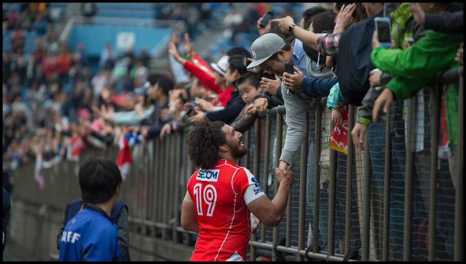 Player interaction with fans after games is a common sight – John Gunning, Inside Sport: Japan, April 8th, 2017