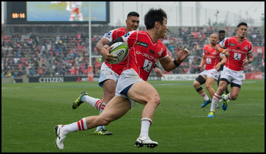 Takeaki Nakazuru scores a try for the Sunwolves — John Gunning, Inside Sport: Japan, April 8, 2017