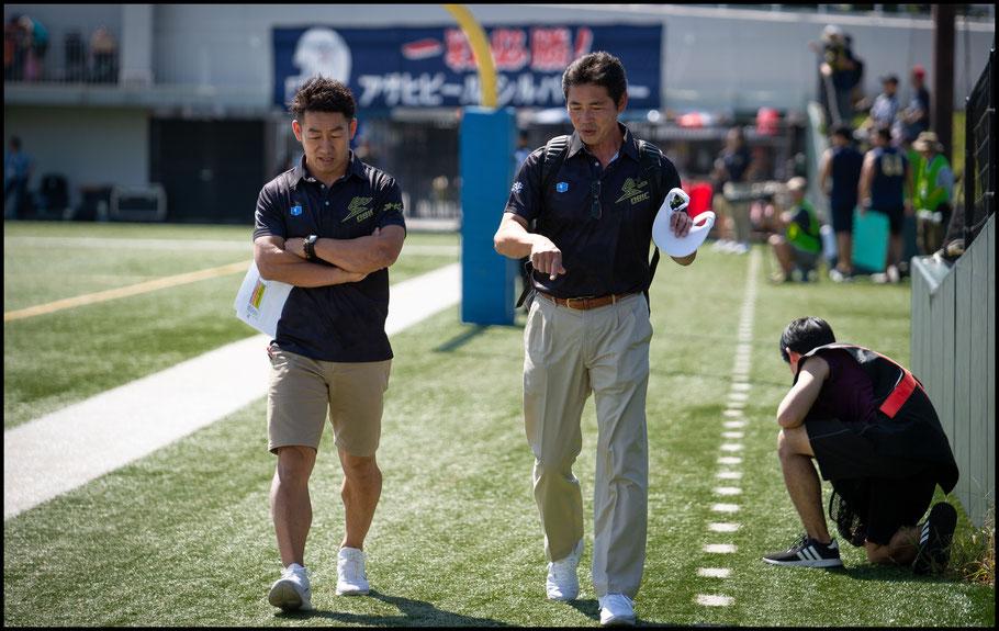 Obic Seagulls HC Naoki Kosho (left) – John Gunning, Inside Sport: Japan, Oct 7, 2018