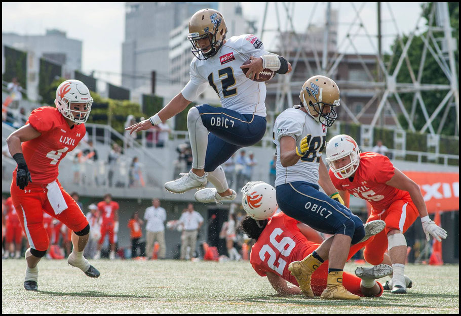 Woolsey scoring one of his two rushing TDs in the 2017 Pearl Bowl semifinal — Chris Pfaff, Inside Sport: Japan, June 4, 2017