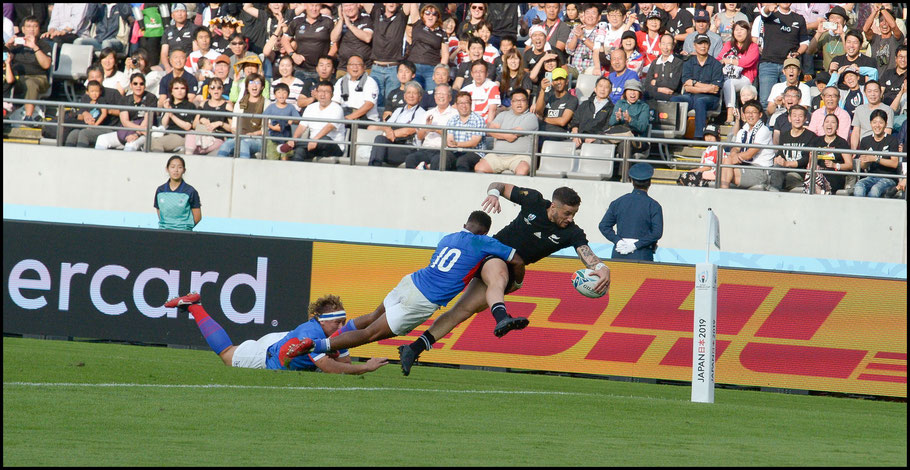 TJ Perenara scores one of the tries of the tournament – John Gunning, Inside Sport: Japan, Oct 6, 2019