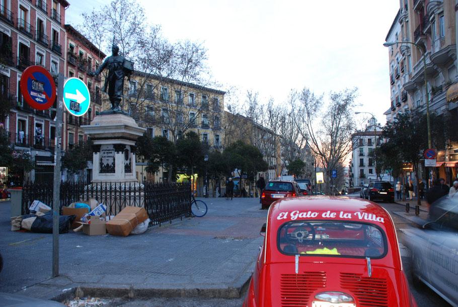 Turismo por Madrid en Seat 600