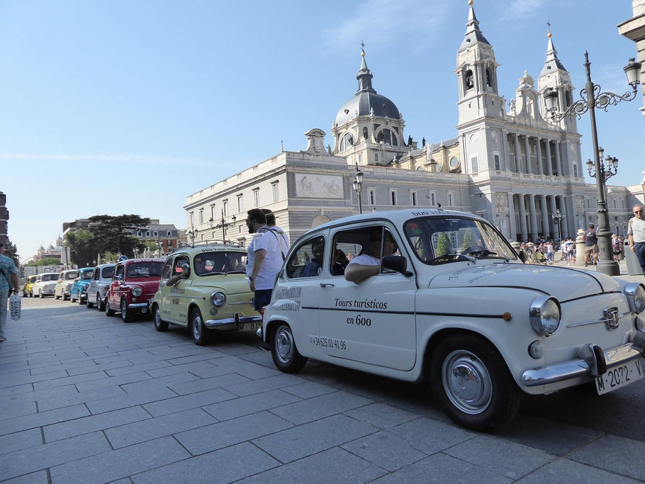 tour grupos Madrid coche clasico