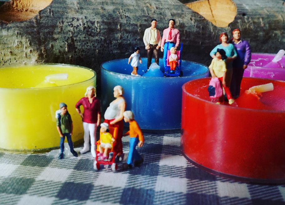 miniaturfamily;(c)regenbogenfamilien-köln.de
