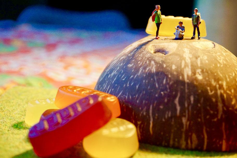 miniaturfiguren; (c)regenbogenfamilienköln