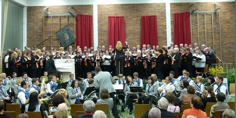"""2008 Chorkonzert in der Rothbachhalle mit den """"Keil-Chören"""" und dem Marienstätter Blasorchester"""