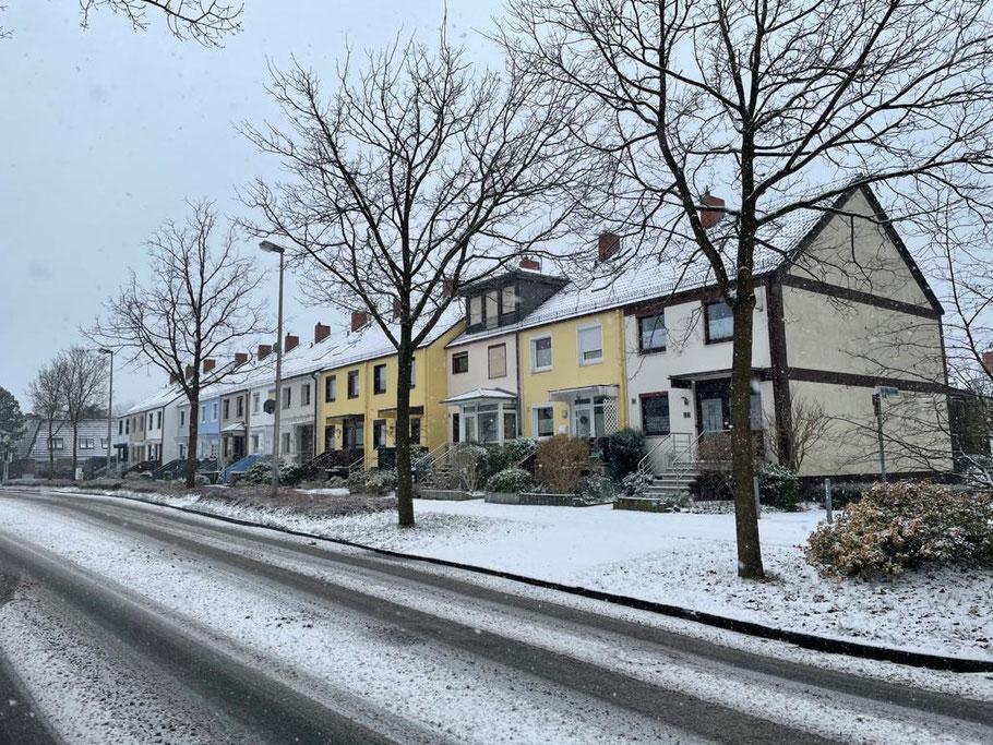 Winter 2021 in Bremen - hier in der Karl-Marx-Straße Höhe Senator-Theil-Straße in Bremen Habenhausen, Bremen Obervieland (Foto: 01-2021, Jens Schmidt)