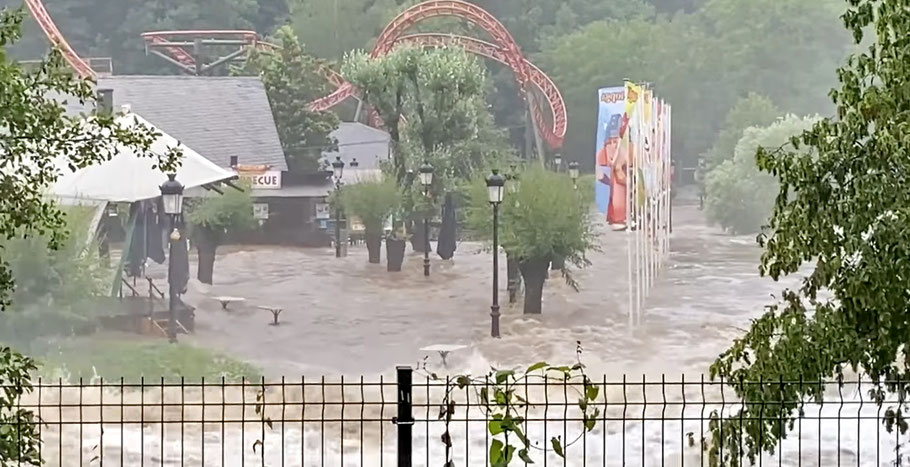 plopsa coo unwetter under water unter wasser belgien walibi belgien unwetter
