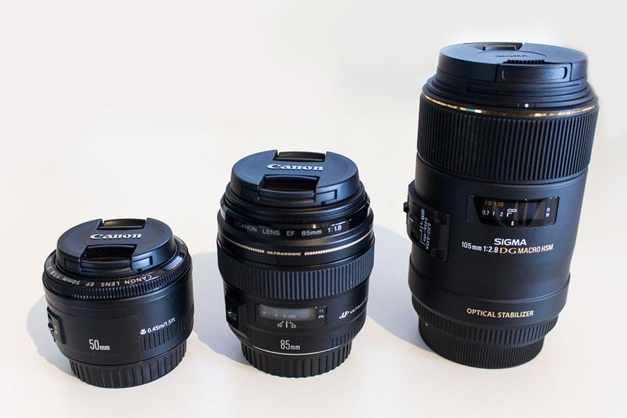 Meine Festbrennweiten: v.l.n.r. Canon 50mm 1.8 - Canon 85mm 1.8 - Sigma 105mm 2.8