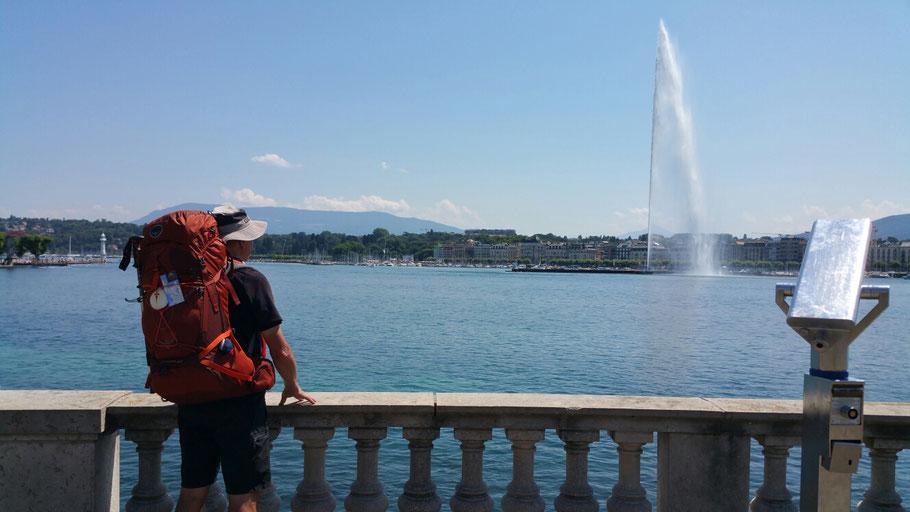 Genf. Hier bleibe 2 Tage. Bis zu französische Grenze nur noch 7 km.