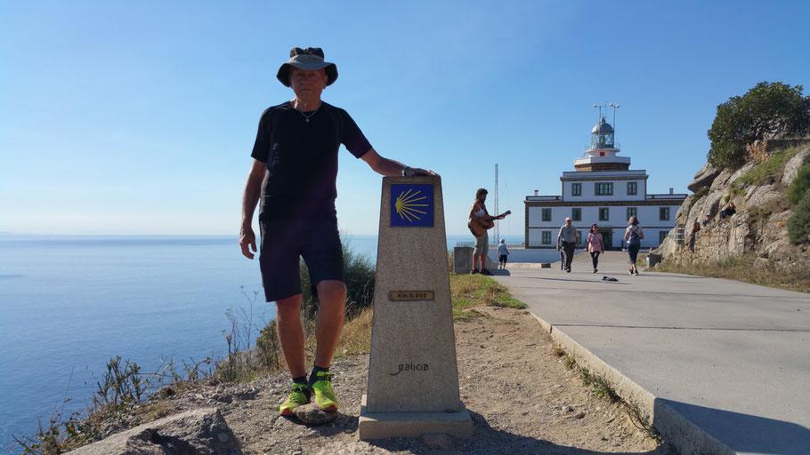 "Cabo Finisterre. Km ""0"""
