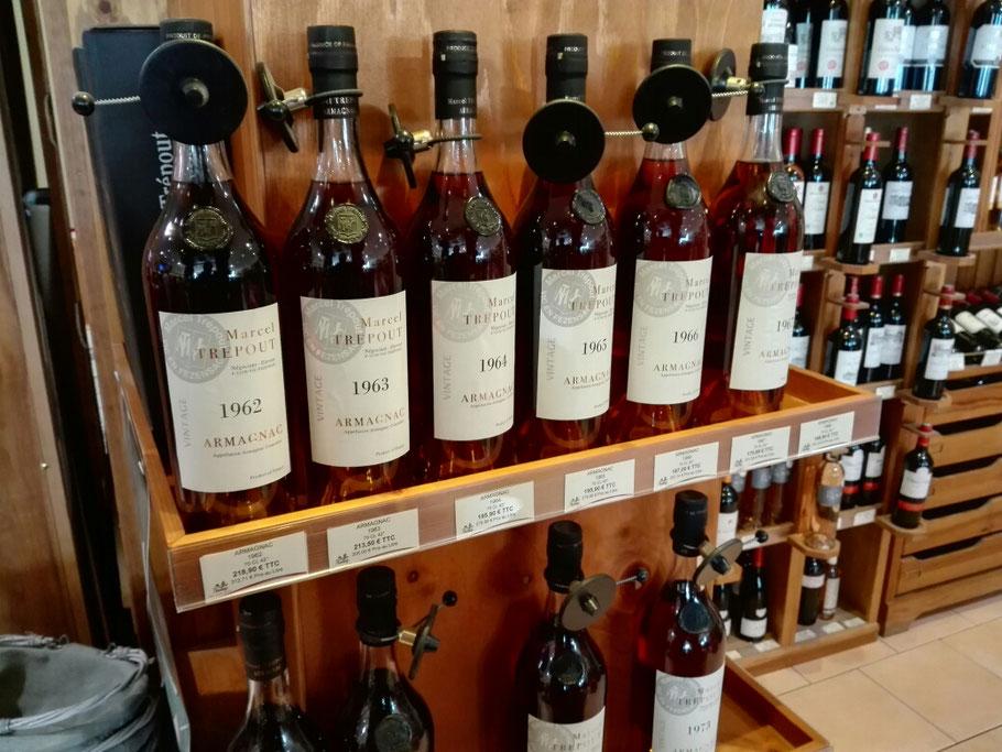 Armagnac von feinstem in Lectoure, der Hauptstadt von Armagnac