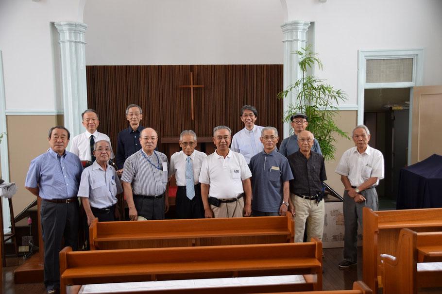 2016年7月24日(日)の午後二時過ぎ、〈琴浦教会〉のパウロさんたちがお出で下さいました。東中国教区の教会訪問の一環です。