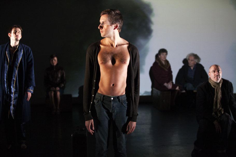 Xavier Fouquart, Pays Lointain, Jean-Luc Lagarce, théâtre, FNCTA, Jean-Claude Garnier, contemporain, démons et merveilles, Paris