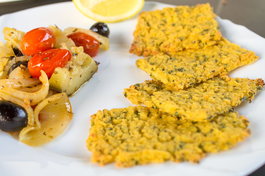 Vegane Panelle mit Schmorgemüse