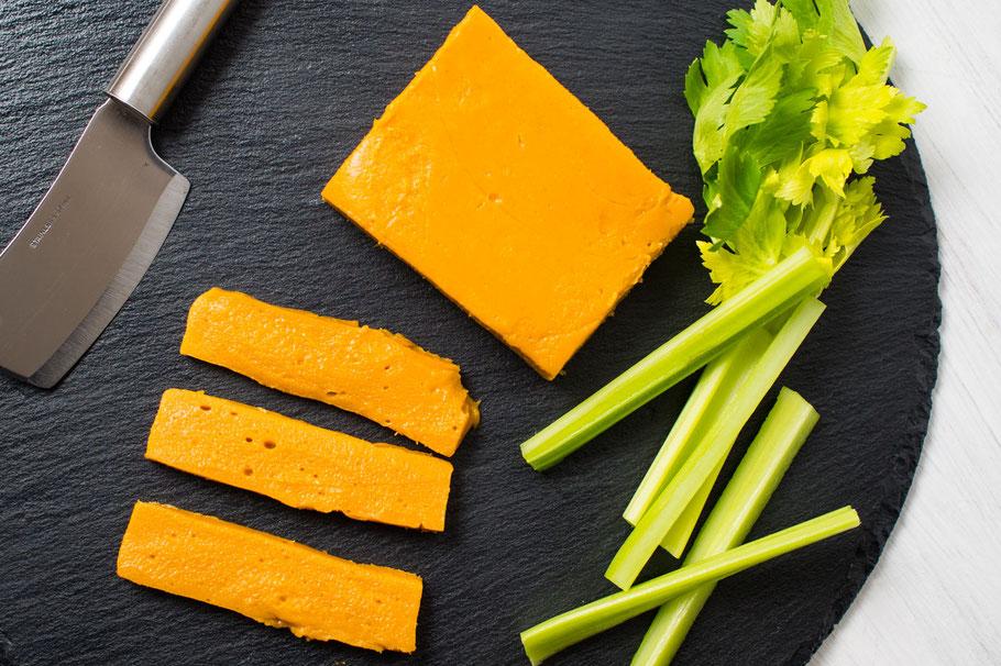 Vegane Cheddar-Cheese