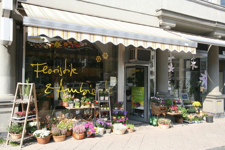 Im Bild ist unser Blumengeschäft in der Bundesalle 55 in Berlin-Wilmersdorf zu sehen.
