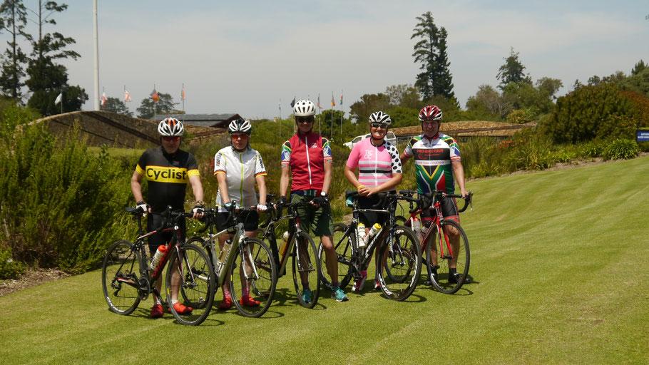 Start am Arabella Sheraton Hotels in Hermanus: Die Rennradfahrer bei der Radreise Garden Route 2018