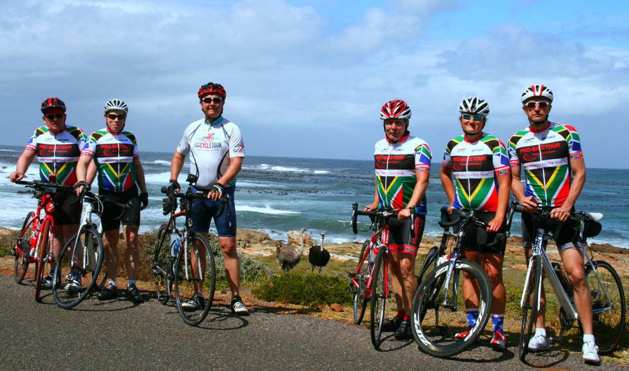 Das Team der Radreise Kapstadt 2019 von Pro-Biketour