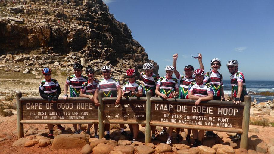 Die Rennradfahrer der Tour am Kap der guten Hoffnung