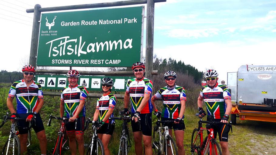 Teilnehmer der Radsportreise Garden Route im National Park