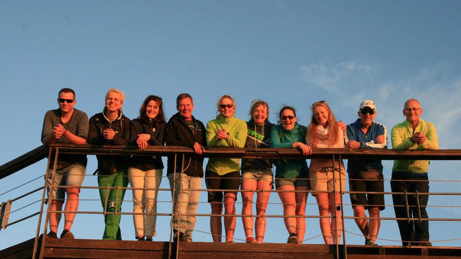 Glänzen in der Abendsonne: Teilnehmer der Radreise Kapstadt von Pro-Biketour