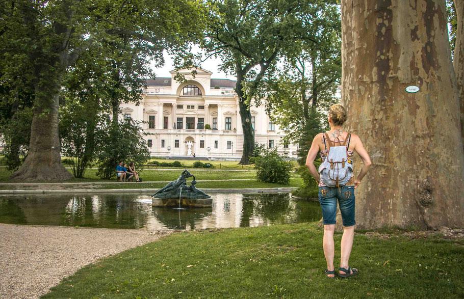 Palais-Lichtenstein-Lichtensteinpark-Servietenviertel-Wien-gartenpalais