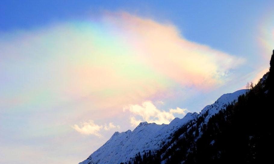 Halo-Effekt, Regenbogenwolken im Wimmertal, Winterwanderung in Gerlos/ Zillertal