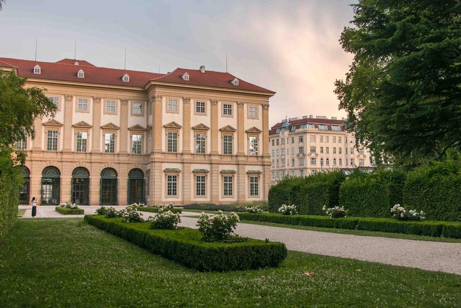 Palais-Lichtenstein-Lichtensteinpark-Wien