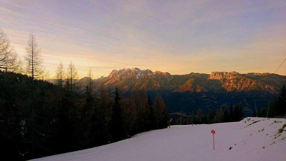 Schifahren Steiermark, Dachsteinmassiv, 4 Berge Schischaukel Schladming
