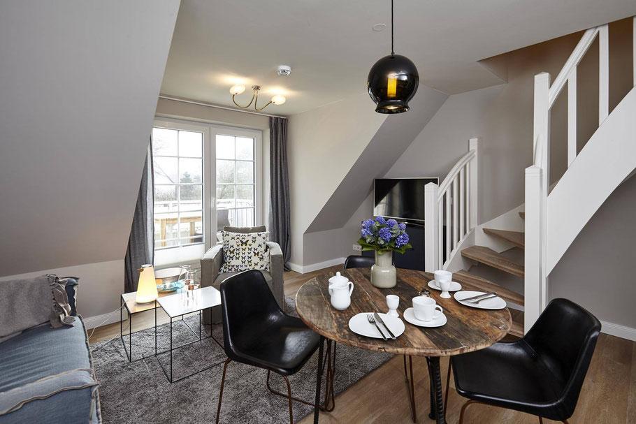 Appartement-Ausstattung in Westerland. Nordische Klassiker plus italienische Akzente – weit jenseits des Sylter Mainstream