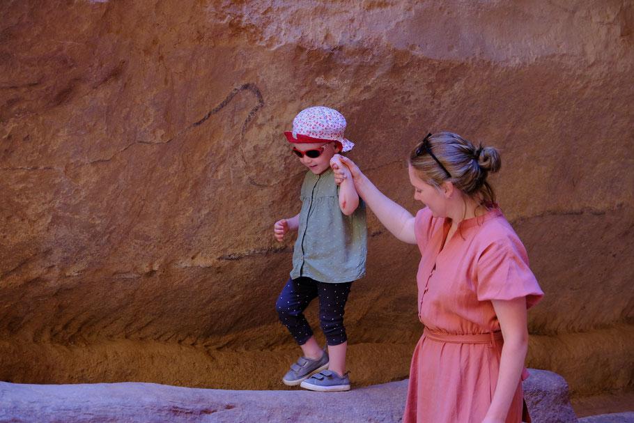 Ich glaube alle Mauern in Petra wurden von Johanna beklettert