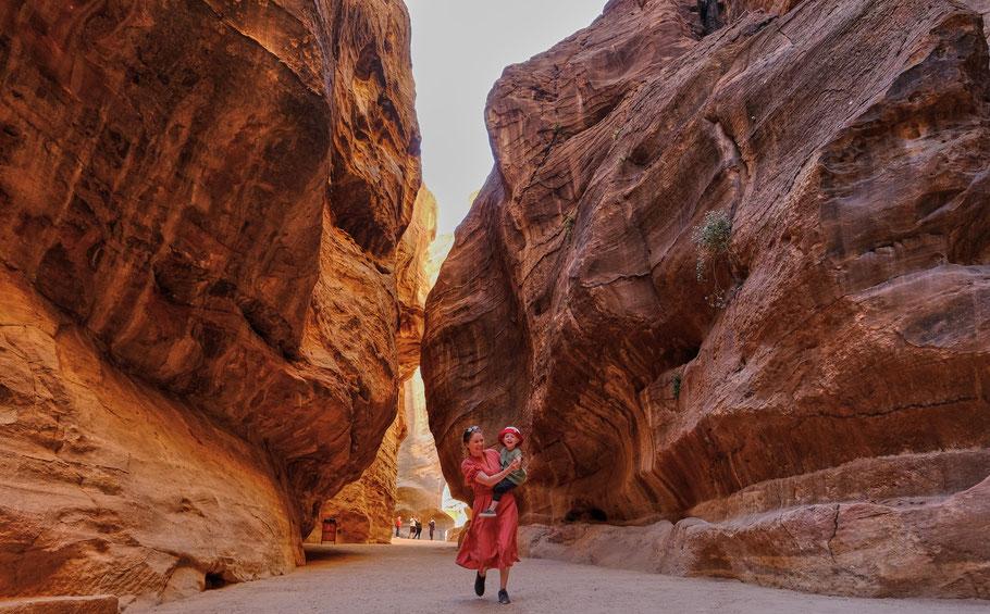 Spannende Kulisse - Kommt mit nach Petra!