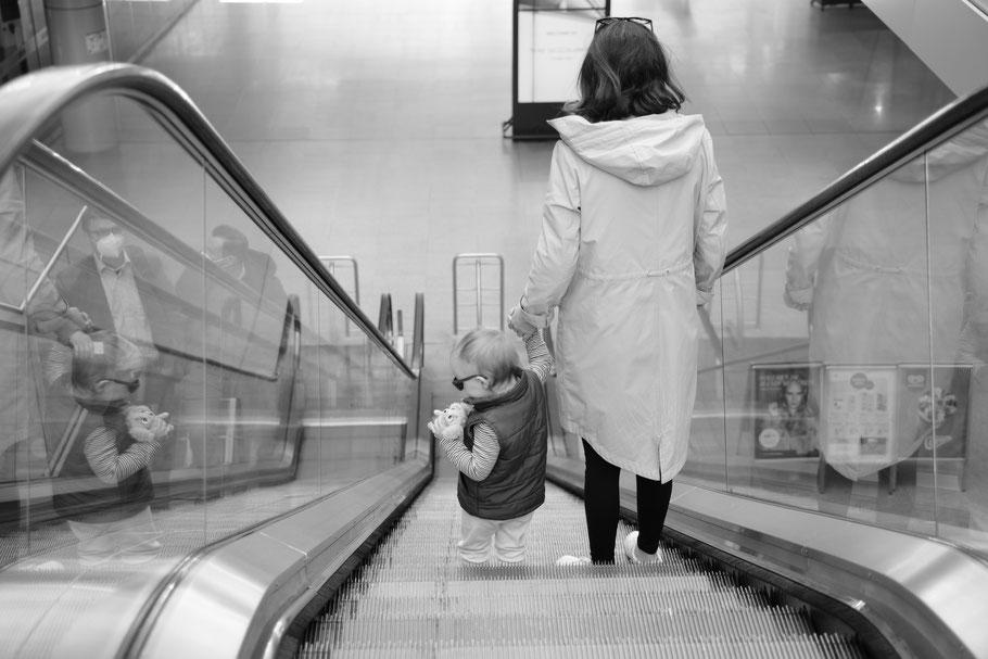Spaziergang am Terminal....Wir warten auf das Test-Ergebnis