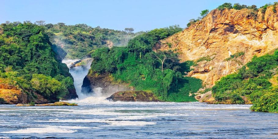 Murchison-falls-national-park-top-of-the-falls.jpg