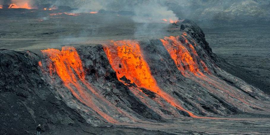 Mount-Nyiragongo-2021-Eruption-in-Congo.jpg