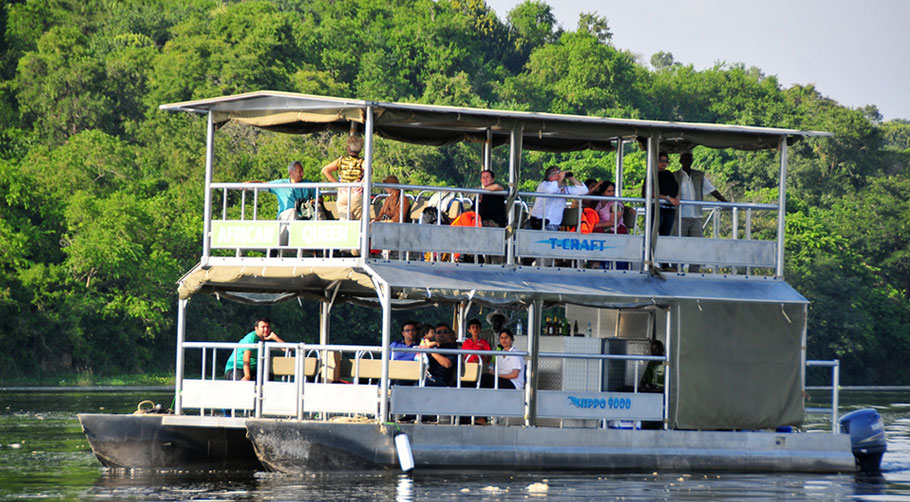 Boat-trip-Nile-Delta-Murchison-falls-national-park.jpg