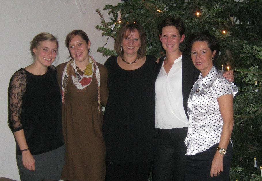 Der Fachdienst der Familiären Bereitschaftspflege: (v.l.) Sarah Haurand, Caroline Budweg, Bettina von Bihl, Erika Gretschmann, Elke Weegen-Schmidt.  Foto: Kastanienhof