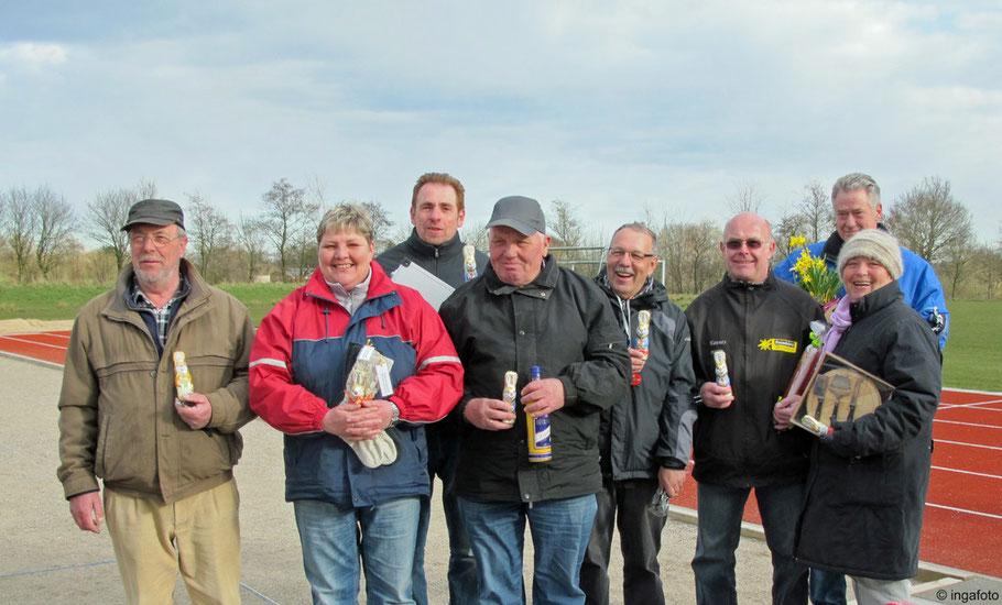 7.4.2012 - Die glücklichen Sieger und Platzierten des Oster-Turniers der Geest-Bouler.