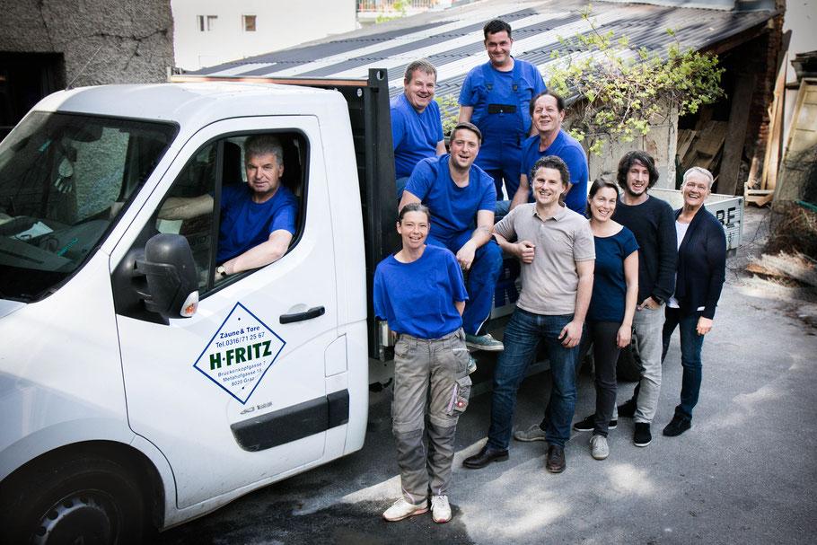 Das Team von Zaunbau Fritz: Raimund, Klaudija, Manuel, Thomas, Branko, Daniela, Moritz, Yvonne, Ivo und Mirko