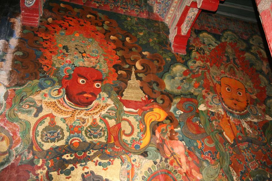 Detailreiche Wandmalerei