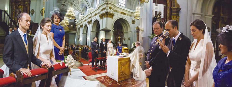 Fotógrafos de bodas en Madrid. Fotos de ceremonias.