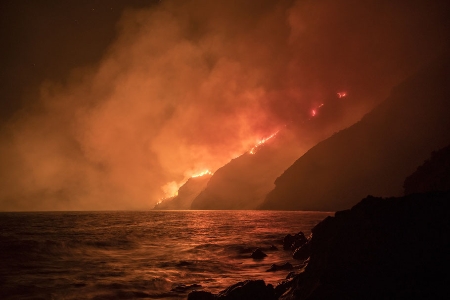 Vulkan, Stromboli, Lava, Flow, Lavaflow, Eruption, Volcano, Italy