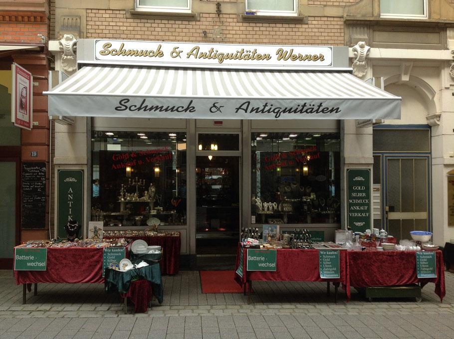 Bild: Schmuck- und Antiquitätengeschäft in der Mauergasse 17
