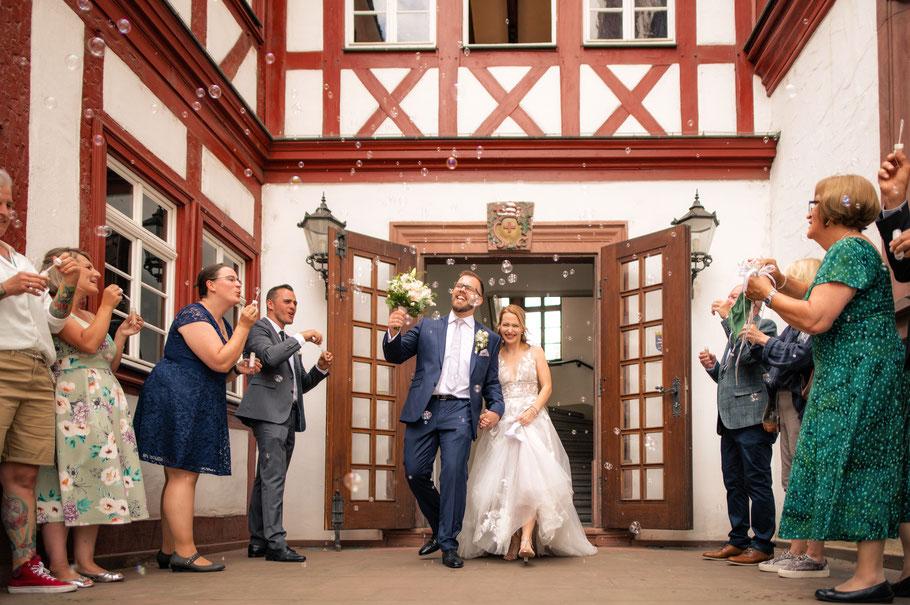 Hochzeitsfotograf, Hochzeit, Braut, Bräutigam, Rüsselsheim, Königstädten, Darmstadt, Wiesbaden, Mainz, Frankfurt, Glücklich, Hochzeitspaar, Hochzeitsfeiern, Rüsselsheim, Trebur, Nauheim